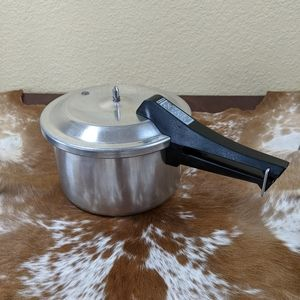 Vtg Mirror 4 Quart Pressure Cooker Aluminum
